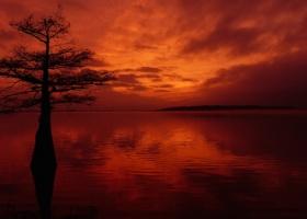 A Sunset on Moon Lake ©2015 The Delta Bohemian® 12-22-15